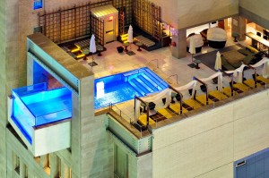 Piscinas impresionantes The Joule Hotel Dallas