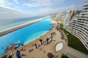 Piscinas impresionantes Hotel San Alfonso del Mar Chile