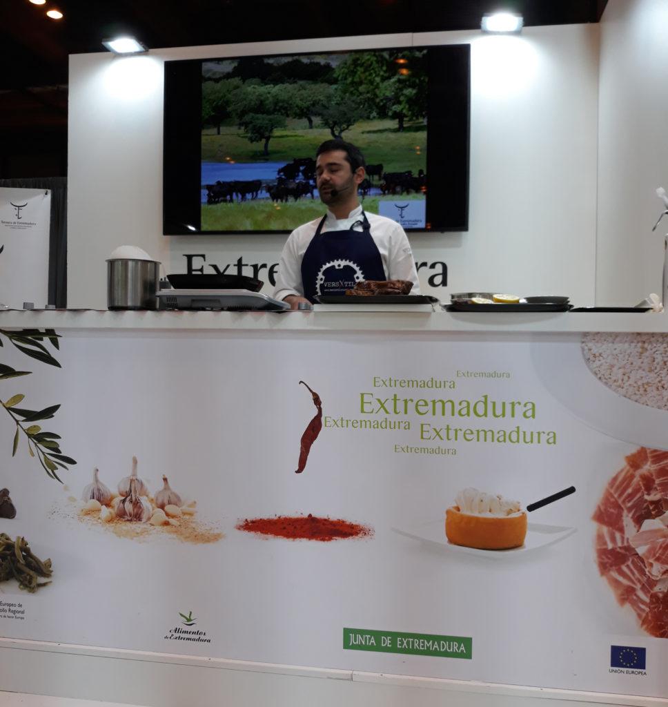 Alejandro, cocinero de Versatil en Zarza de Granadilla