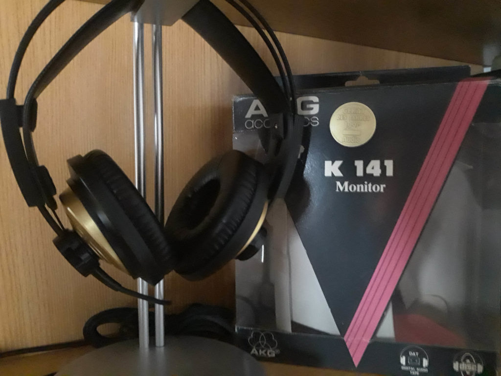 AKG K141 Monitor