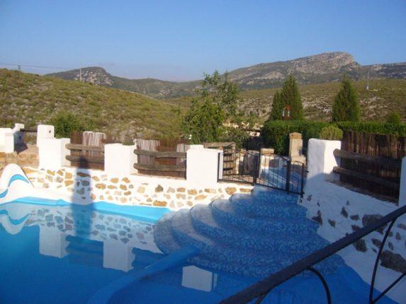 El Jardín Mediterráneo piscina